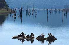Bamboo Rafting Periyar National Park Wildlife Packages Thekkady Kerala