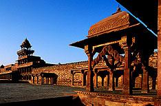 Fatehpur Sikri Agra Tour Operator India