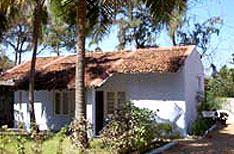 Golden Sun Hotel and Beach Resort Booking Kumarakom Hotels Reservation